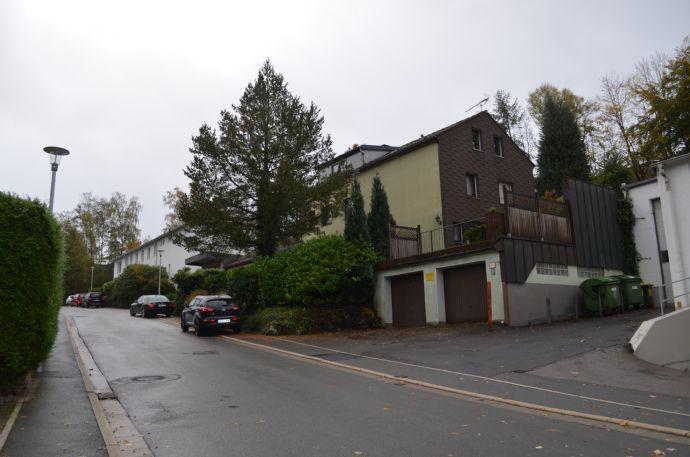 Fabrikations/- Lagerhalle mit angrenzendem zwei- Familienwohnhaus in östlicher Lage in Lüdenscheid