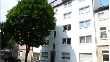 12-Familienhaus mit Balkon und 3 Garagen in der Dortmunder Nordstadt….