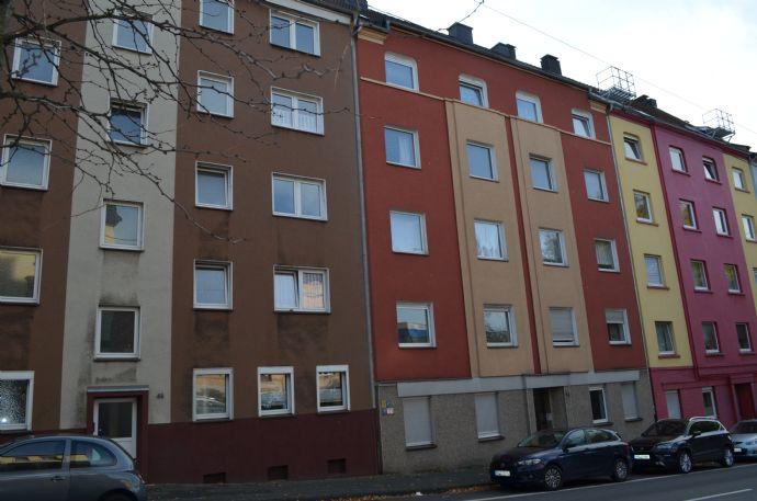 Mehrfamilienhaus mit Balkonen und Garten in guter Lage von Hagen…