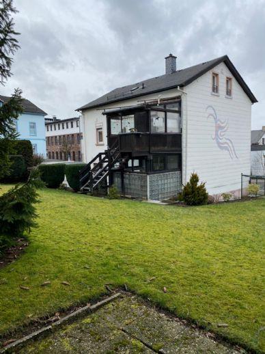 Ein perfektes Familienhaus für die ganze Familie mit Garten und Garagen in ruhiger Lage nahe Stadtzentrum in Lüdenscheid