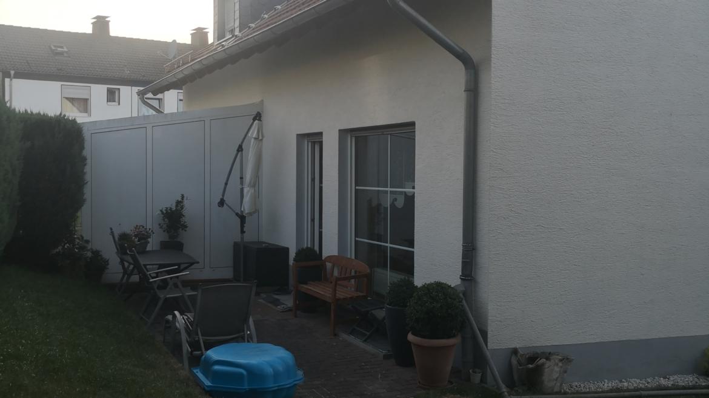 Doppelhaushälfte mit Terrasse und Garage in beruhigter Lage Nähe Klinikum Hellersen in Lüdenscheid..
