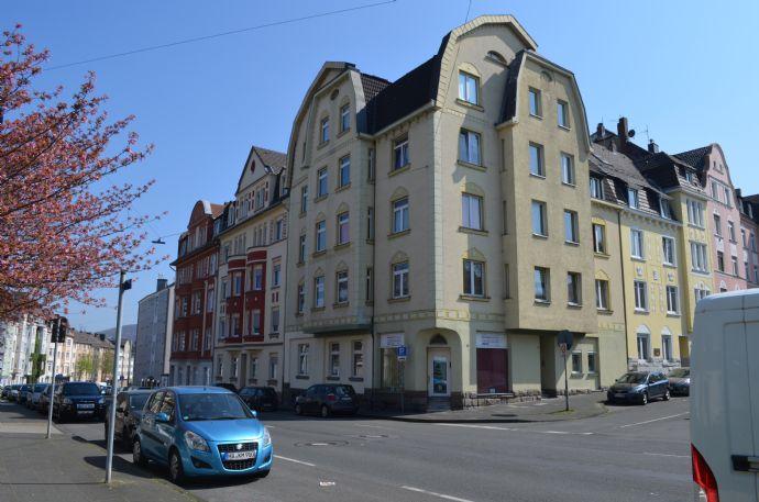 15- Familienhaus mit kleinem Ladenlokal in Hagen-Haspe…