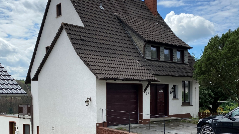 Freistehendes Einfamilienhaus mit Einliegerwohnung in Lüdenscheid