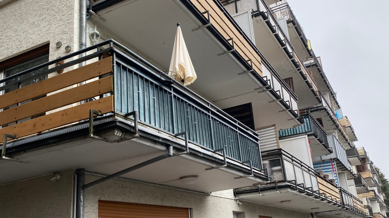3-Zimmer-Eigentumswohnung mit Süd-Balkon und Schwimmbad