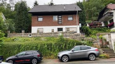 Freistehendes Einfamilienhaus mit Einliegerwohnung in Werdohl-Borbecke